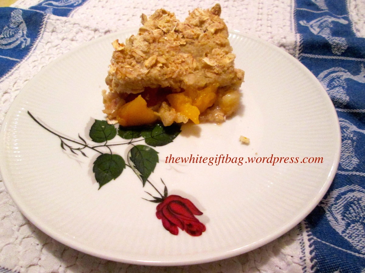 Apfel Pfirsich Crumble / Crisp (oder: Was mache ich mit meinem Obst?) - vegan